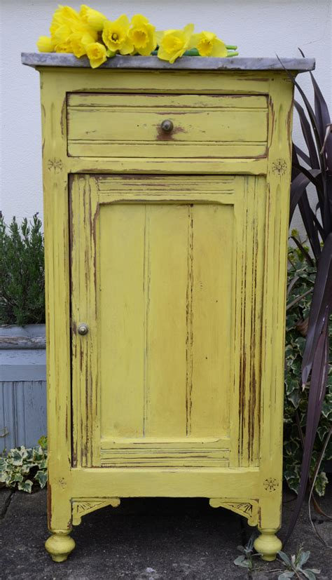 yellow chalkboard paint uk yellow by sloan dovetails vintage