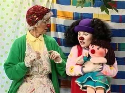 the big comfy couch picky eater big comfy couch going up youtube