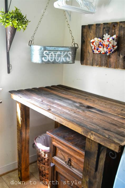 Laundry Room Folding Table Ideas To Earth Style Fence Features In The Laundry Room
