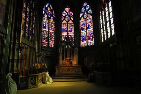 Parisian Interiors The Best Cathedrals In Paris Beautiful Parisian Churches