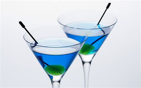 martini wallpaper blue martinis skins blue martinis