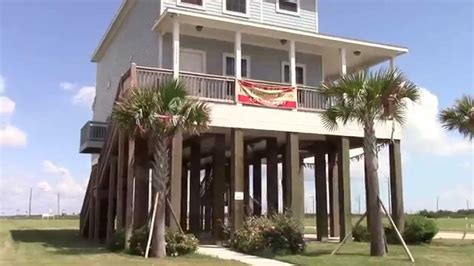 Small Beach House On Stilts by Homes On Stilts In Galveston Tx Youtube