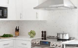 Kitchen Tile Backsplash Ideas With White Cabinets by Honed White Mosaic Backsplash Idea Backsplash Com