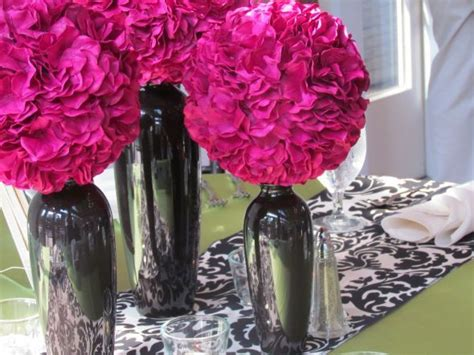 Sprei Fusia wedding centerpieces with damask save wine bottles and
