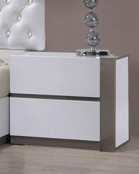 Nightstand White Modern by Modern White Finish Nightstand 44b178ns