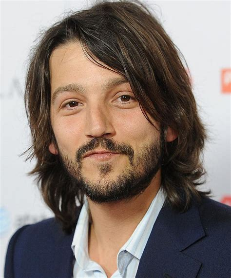 luna hairstyle diego luna haircut the essential latino man of mystery