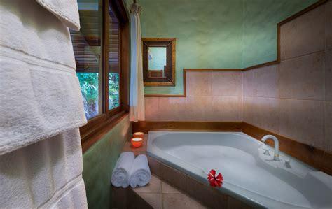 bedroom jacuzzi villa casa oceano tango mar luxury villas lujure