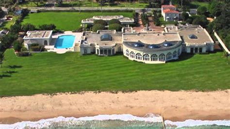 trumps house russian oligarch is levelling trump s house