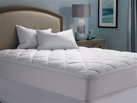 bedding inn mattress pad hilton to home hotel collection