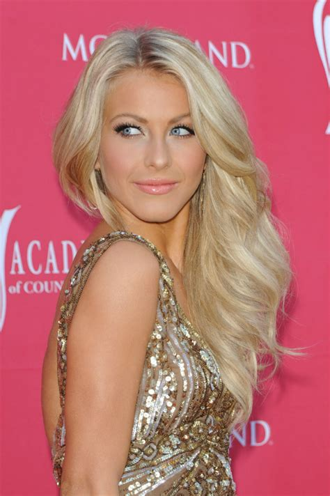 julianne hough shattered hair the latest celebrity hair transformations fashion design