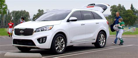 Kia Sorento Competitors Best Vehicle Choices For A Family Road Trip Consumer Reports