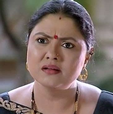chitra biography in english malayalam tv actress chitra shenoy nettv4u