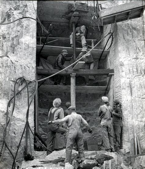 mount rushmore secret chamber workers in the early stages of constructing the hall of