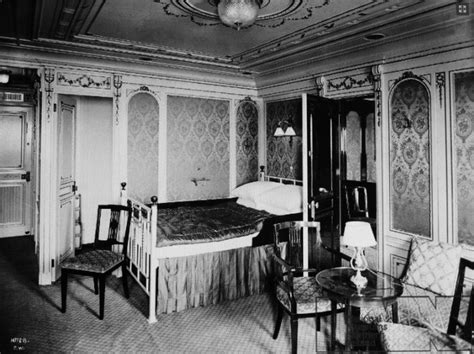 first class bedrooms on the titanic titanic first class suite bedroom titanic pinterest
