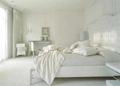 White Bedroom Curtains Decorating Ideas | white bedroom design ideas collection for your home
