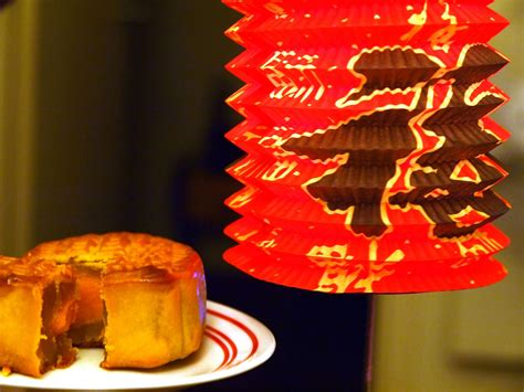 mid autumn mooncake festival at queen victoria market melbourne