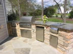 Diy Outdoor Kitchen Ideas Kitchen Diy Outdoor Kitchen With Green Vase Diy Outdoor