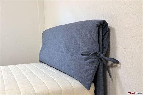 cuscini testiera letto letto una piazza e mezzo in tessuto con cuscino sulla testata