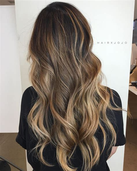 cute highlights for brunettes 879 best hair color images on pinterest hairstyles hair
