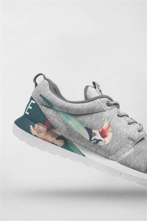 nike floral sneakers undefeeted 215 nike pastel floral roshe soletopia