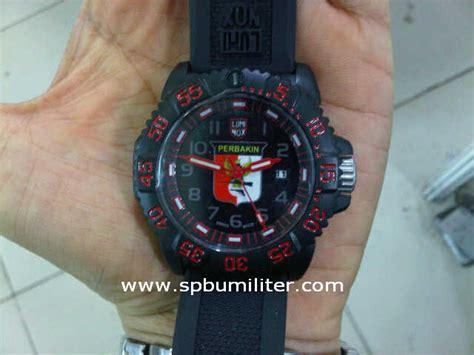 Jam Tangan Militer Luminox jam tangan luminox perbakin spbu militer