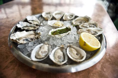 top oyster bars nyc best seafood restaurants in nyc from oyster bars to lobster shacks
