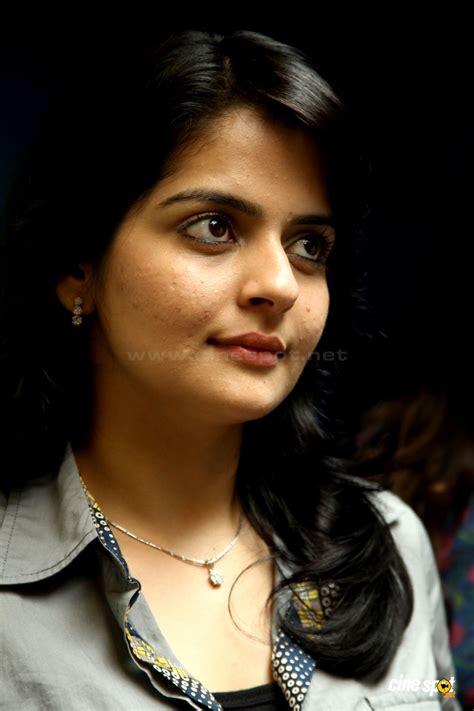 malayalam heroins video south actress photos wallpapers malayalam actress hot