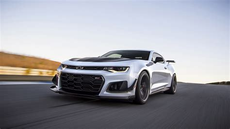 chevrolet camaro zl le wallpapers hd images wsupercars