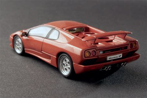 Lamborghini Diablo Model Car by Carmodels 1 43 Lamborghini Diablo