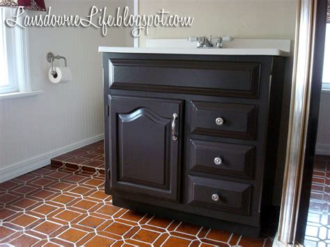 how to paint bathroom cabinets dark brown painting bathroom cabinets dark brown 599