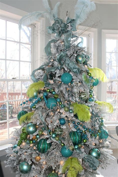 Lime Green Tree Decorations by 15 Great Colorful Interior Design Ideas For