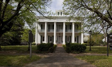 haunted houses in alabama the 10 most haunted ghost stories from alabama