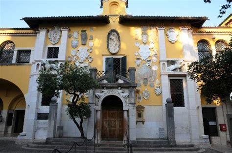 ingresso vittoriale l ingresso principale picture of il vittoriale degli