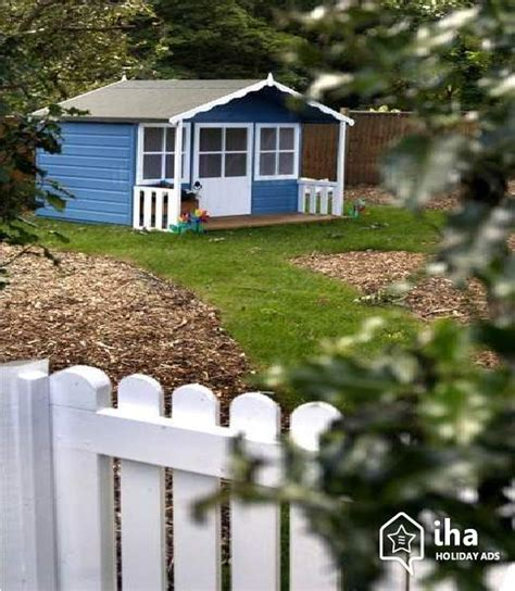 luxury cottages to rent in house for rent in a estate in middleton iha 30080