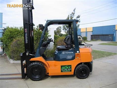 toyota mtr forklift lpg toyota 42 7fg25 with 5 00 mtr lift for sale