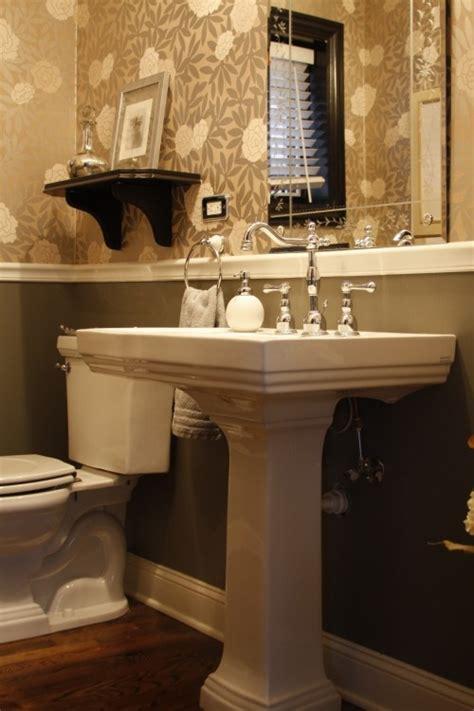 bathrooms with chair rail molding chair rail molding project ideas pinterest bath