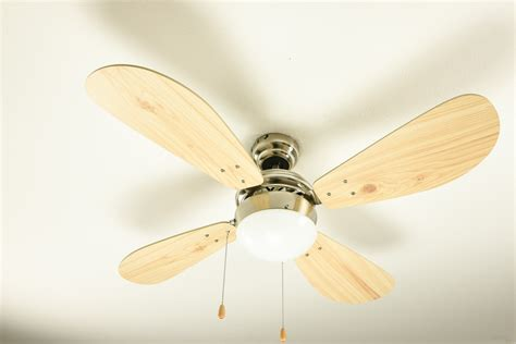 ceiling fan with cord lights on use ceiling fan with light kit instead of light
