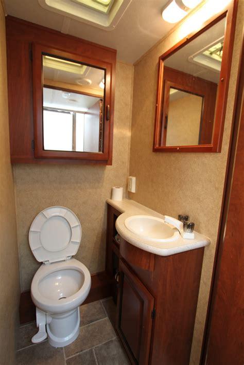 rent bathroom shreveport deridder lake charles louisiana rv rental