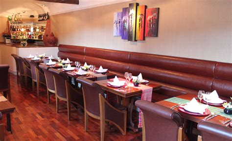restaurant bench seating design how to impress customers with your restaurant seating cube company blog