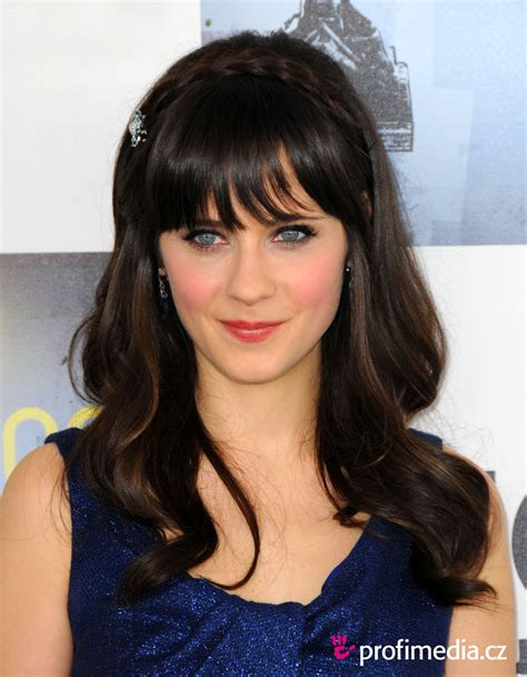 Zooey Deschanel Hairstyle by Zooey Deschanel Hairstyle Easyhairstyler
