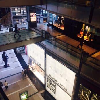 10 Columbus Circle 3rd Floor New - the shops at columbus circle 254 photos 109 reviews