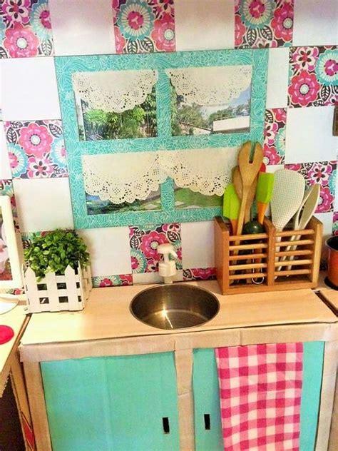 cucina per bambini fai da te come creare una cucina fai da te per far giocare i bambini