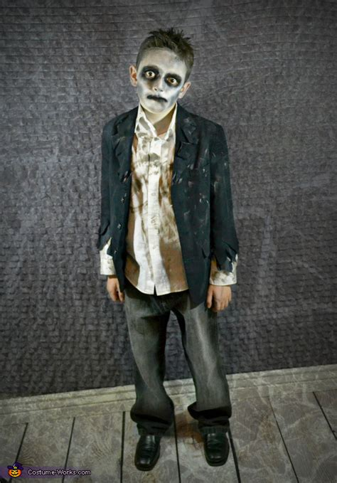 Diy Halloween Costumes Zombie