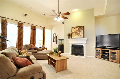 staging a living room to sell staging prop inventory homestarstaging