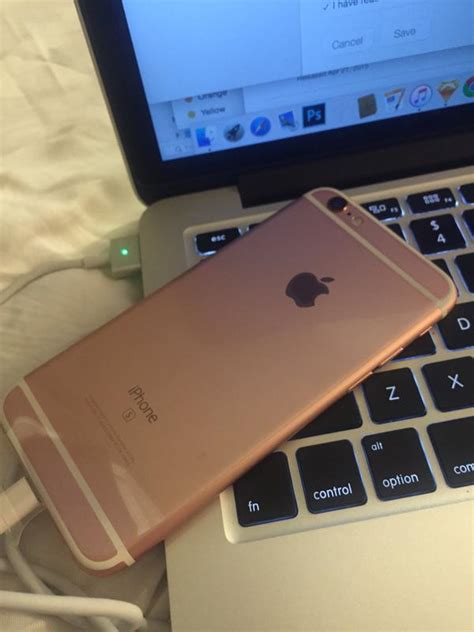 rose gold iphone  arrives early   lucky customer