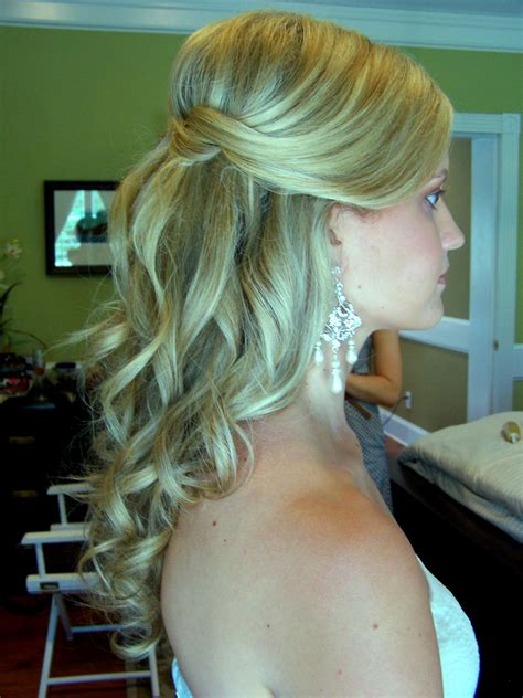 wedding hair half up half up weddin hair style ash and co