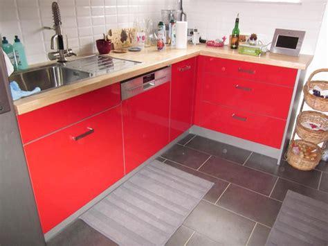 Formidable Plan De Salle De Bain #6: photo-decoration-cuisine-rouge-plan-de-travail-bois-2-1024x768.jpg
