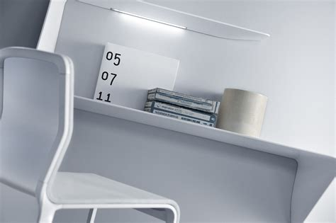 bureau d angle avec 騁ag鑽es bureau mamba 233 tag 232 re 224 233 clairage led angle droite l