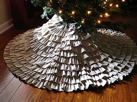 tree skirt eat sleep decorate diy ruffled tree skirt