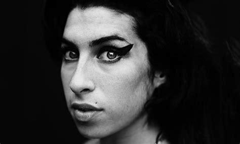 Psst Is Winehouse Hedi Slimanes New Muse winehouse par hedi slimane